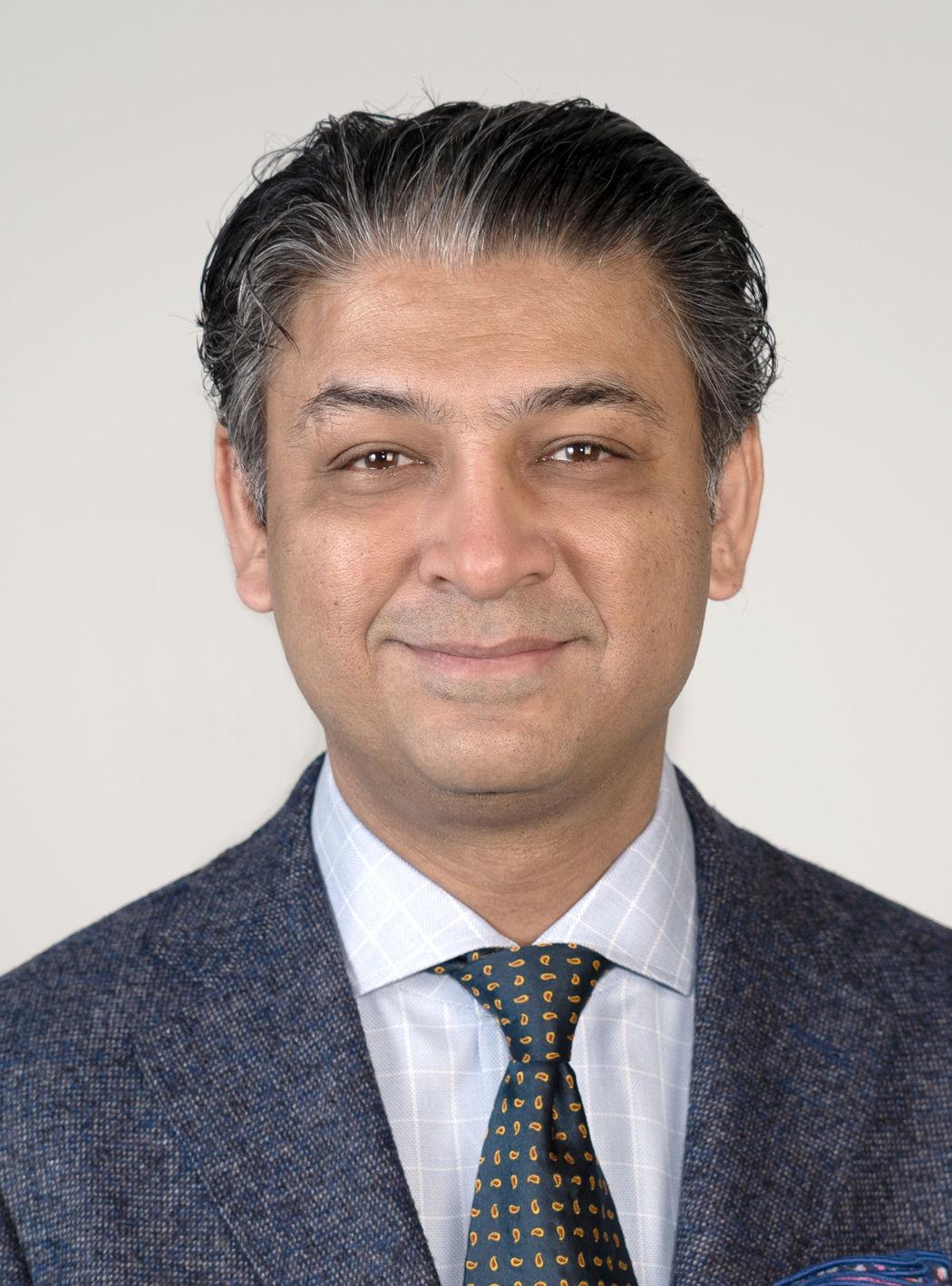 Headshot image for Dr. Adnan H. Siddiqui